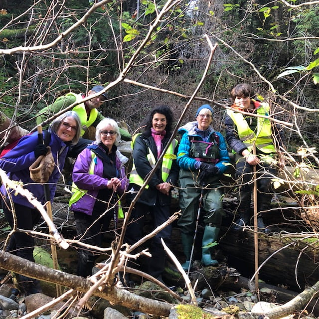 Photo of participants in the Roberts Creek spawning count